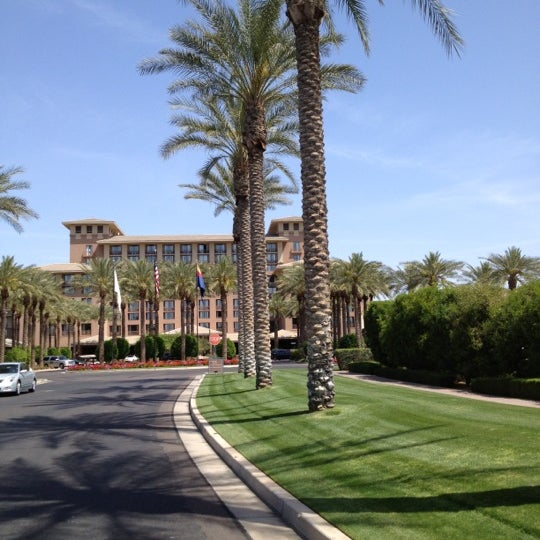 Photo taken at The Westin Kierland Resort & Spa by Bill D. on 4/6/2012