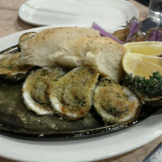 Photo taken at Deanie's Seafood by EbonyLaDawn I. on 2/20/2012