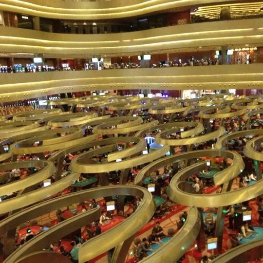 Photo taken at Marina Bay Sands Casino by m on 12/19/2011