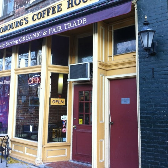 Photo taken at Human Bean - Cobourg's Coffee House by Dave C. on 11/14/2011