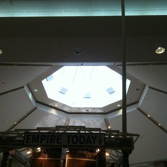 7/10/2011에 Jimmy J.님이 Governor's Square Mall에서 찍은 사진