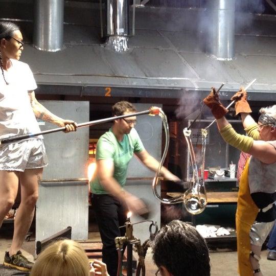 7/15/2012 tarihinde Bryan D.ziyaretçi tarafından Public Glass'de çekilen fotoğraf