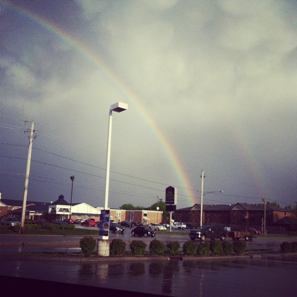 Photo taken at Kum & Go by Taylor T. on 4/22/2012