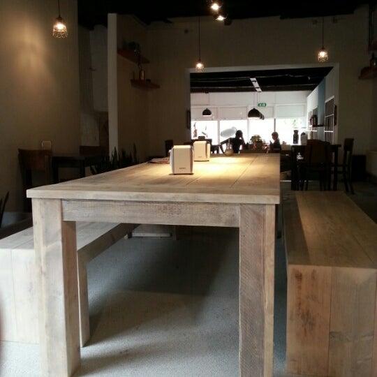 Photo taken at Noir Koffiebar by Frederik H. on 8/3/2012