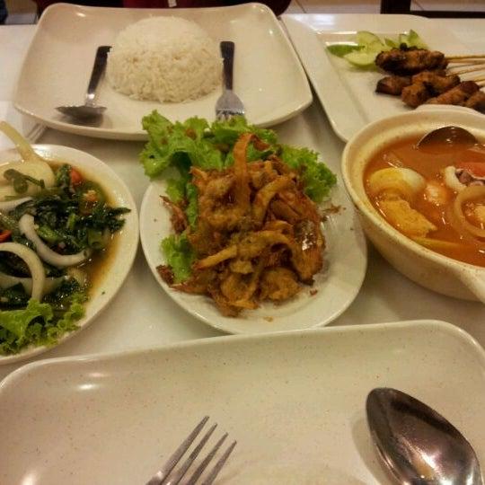 Photo taken at De Pauh Garden Restaurant & Cafe by Ieka K. on 3/11/2012