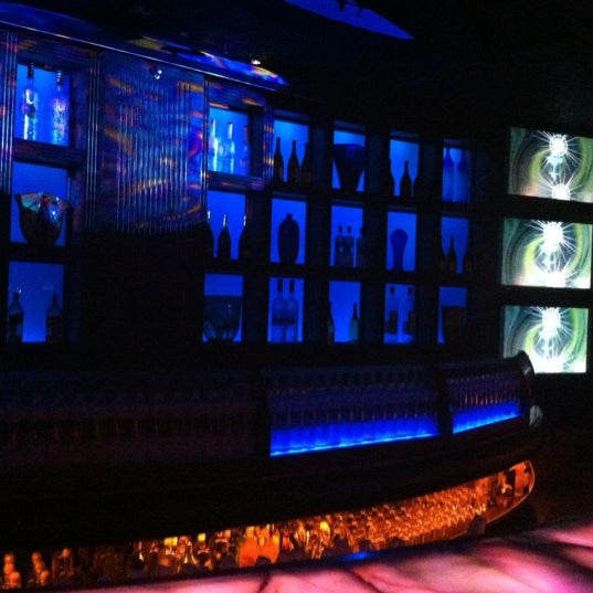 Photo taken at Blue Martini Brickell by Christian (DC) M. on 3/12/2012
