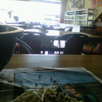 Photo taken at Restoran Pinang Sebatang by Asraff O. on 6/30/2012