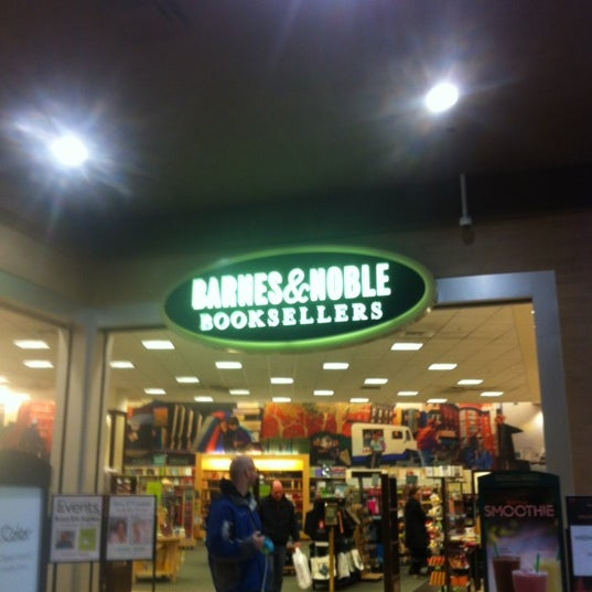 Photo taken at Barnes & Noble by Paul K. on 3/18/2012