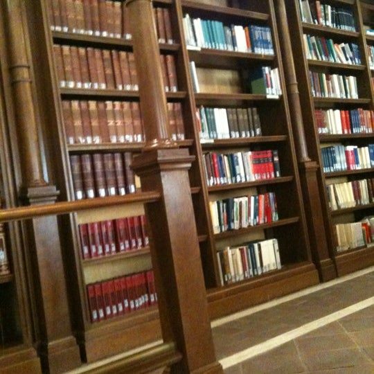 Biblioteca della camera dei deputati sant 39 eustachio for Biblioteca camera dei deputati