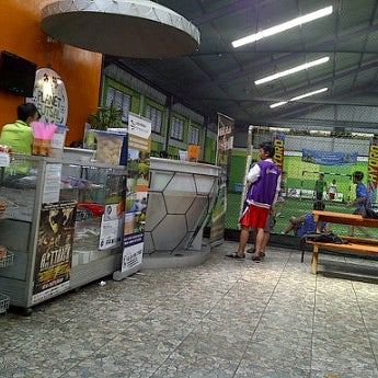 Foto tomada en Planet Futsal por Laras N. el 6/21/2012