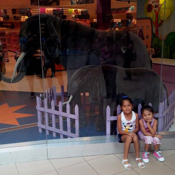 Foto tomada en Mall del Sur por Miguel M. el 4/8/2014