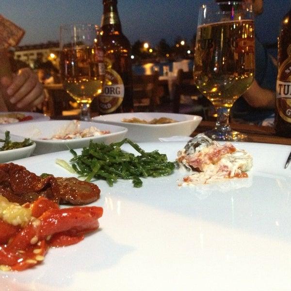 Das Foto wurde bei Kekik Restaurant von ouzu am 7/5/2013 aufgenommen