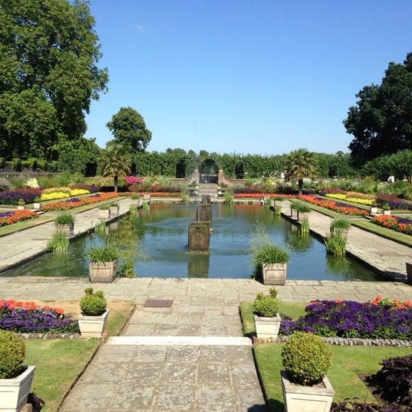 Photo taken at Kensington Gardens by Lina V. on 7/19/2013