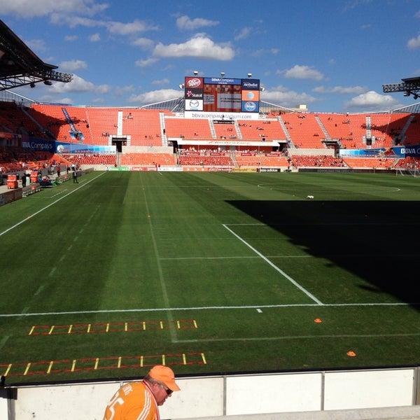 Photo prise au BBVA Compass Stadium par Brewer C. le11/3/2013