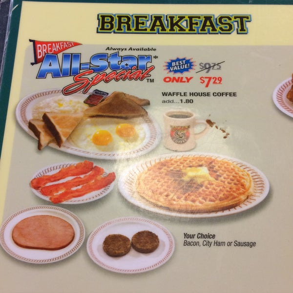 Photo taken at Waffle House by Mister on 3/21/2015