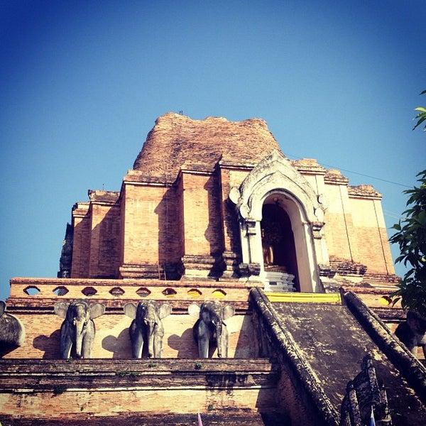 Photo taken at Wat Chedi Luang Varavihara by Panda-bear O. on 1/8/2013
