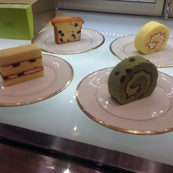 Photo taken at OPS Bread & Cake by Cho H. on 3/23/2015