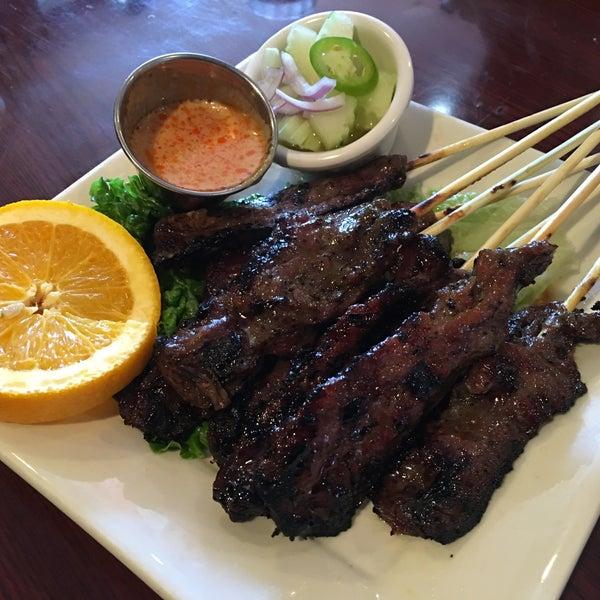 รูปภาพถ่ายที่ Thai Original BBQ & Restaurant โดย Remil M. เมื่อ 6/4/2016