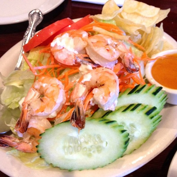 รูปภาพถ่ายที่ Thai Original BBQ & Restaurant โดย Remil M. เมื่อ 7/8/2013