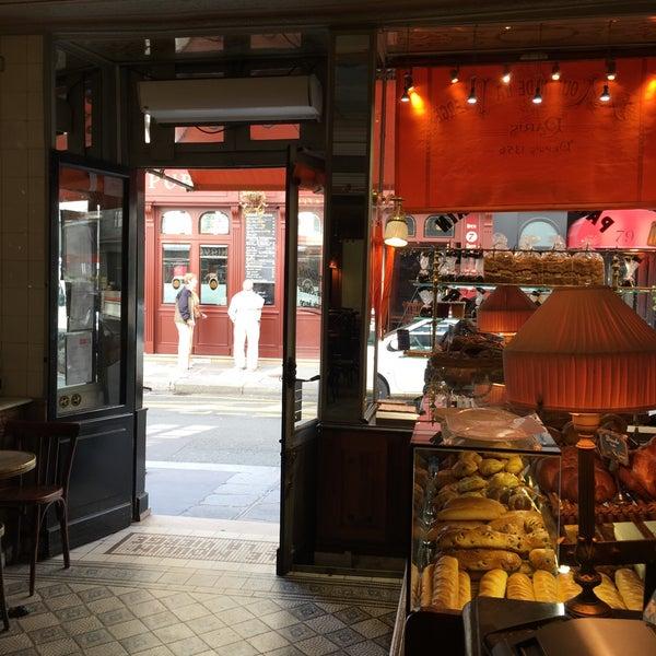 Le Moulin De La Vierge Bakery In Paris