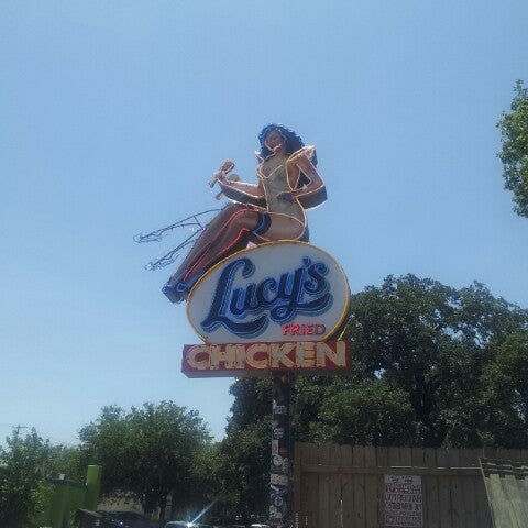 Photo taken at Lucy's Fried Chicken by Oliver G. on 7/31/2013