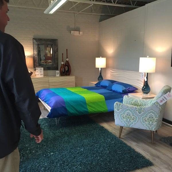 Ambiente Modern Furniture - Mobiliu00e1rio / Utensu00edlios