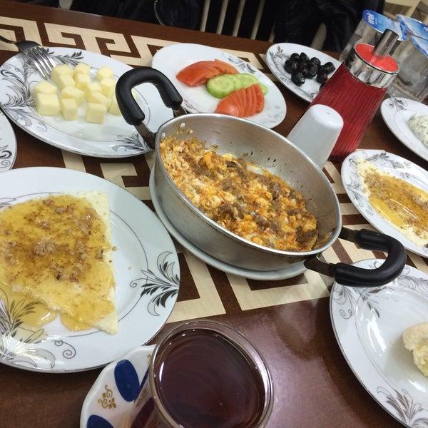 1/17/2016 tarihinde • AytLLh •ziyaretçi tarafından Yeni İmsak Kahvaltı Salonu'de çekilen fotoğraf