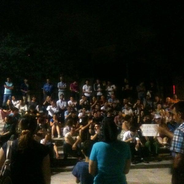 7/10/2013にCem D.がTaksim Gezi Parkıで撮った写真