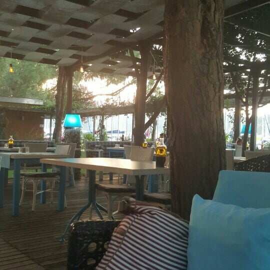 6/28/2016 tarihinde Firu O.ziyaretçi tarafından Mod Yacht Lounge'de çekilen fotoğraf