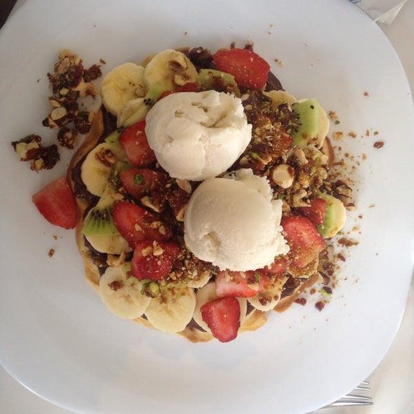 11/2/2014 tarihinde Meliha A.ziyaretçi tarafından Waffle Edem'de çekilen fotoğraf