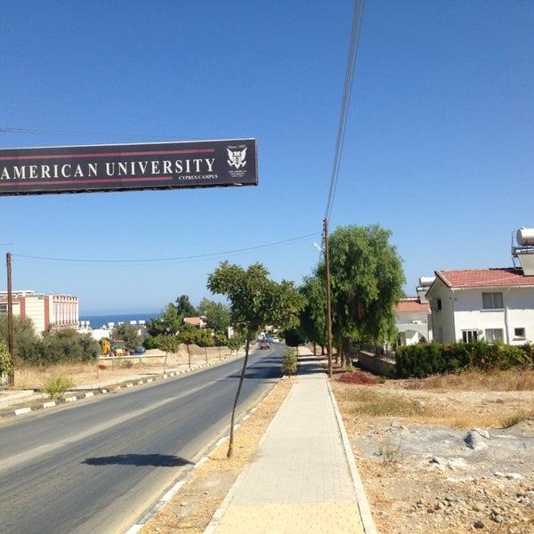 Снимок сделан в Girne American University пользователем Ayhan K. 9/12/2013