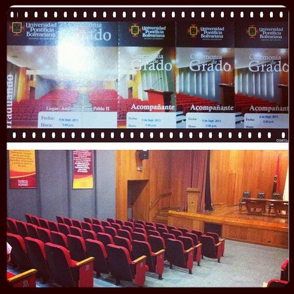 Photo taken at Universidad Pontificia Bolivariana - Seccional Bucaramanga by Johnny G. on 9/4/2013