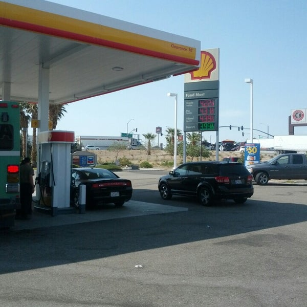 Photo taken at Shell by Mihai B. on 7/3/2013
