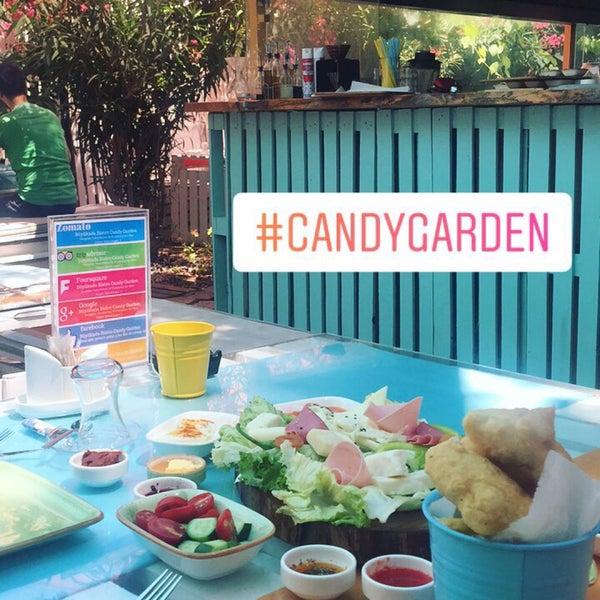 7/23/2017에 Aybüke Gizem A.님이 Büyükada Bistro Candy Garden에서 찍은 사진