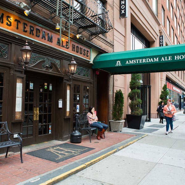 Amsterdam Ale House is usually a mellow local water hole but turns into a madhouse during big sporting events.
