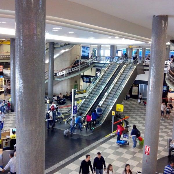 Снимок сделан в Международный аэропорт Конгоньяс/Сан-Паулу (CGH) пользователем Rafael C. 7/14/2013