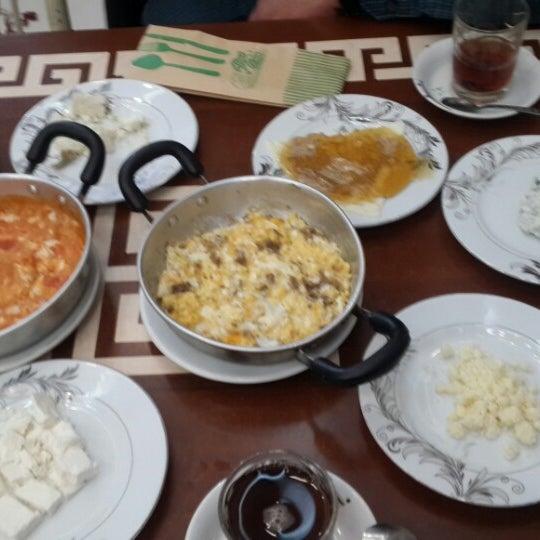 2/14/2015 tarihinde Sinan U.ziyaretçi tarafından Yeni İmsak Kahvaltı Salonu'de çekilen fotoğraf