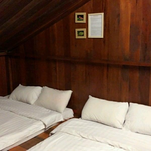 Photo taken at Kinabalu Mountain Lodge by Amirulyuri on 1/20/2017