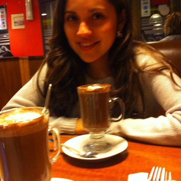 Foto tomada en Café del Centro por Gabriela S. el 8/8/2013
