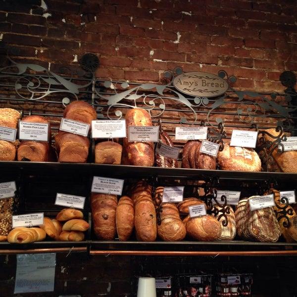 Foto tomada en Amy's Bread por Emily D. el 10/11/2013