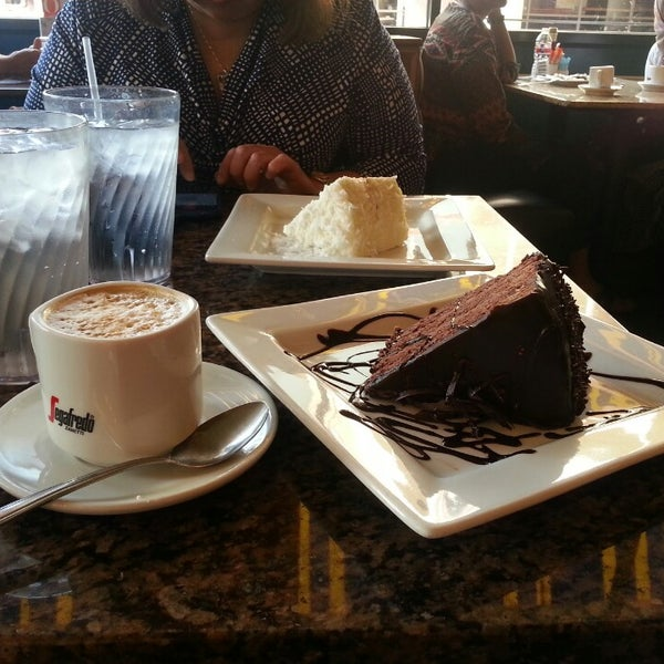 Photo taken at Main Street Bistro and Bakery by Christina P. on 5/11/2014