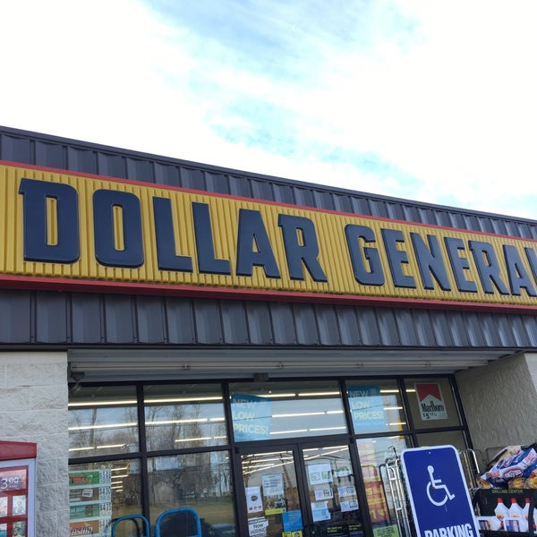Photo taken at Dollar General by Donnie D. on 11/22/2016