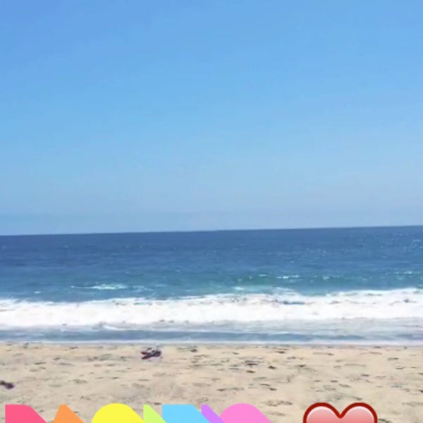 Photo taken at Pacific Palisades Beach by Eng.Yazeed . on 7/29/2015