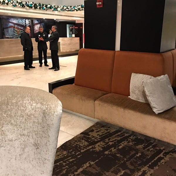 Photo taken at DoubleTree by Hilton Hotel Metropolitan - New York City by Manolo R. on 1/4/2017