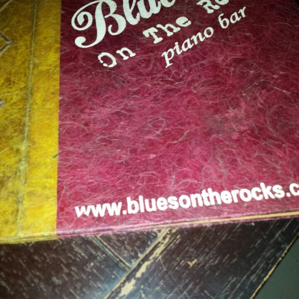 Foto tirada no(a) Blues On The Rocks por Pedro J. em 3/8/2014