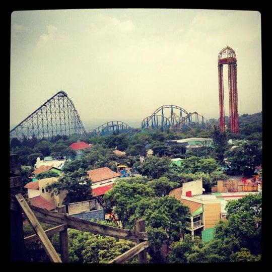 Photo taken at Six Flags México by Sofhi C. on 7/18/2013