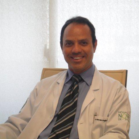 Foto tirada no(a) Clínica Dr. Marcelo Aragão Moraes por Clínica Dr. Marcelo Aragão Moraes em 7/22/2014