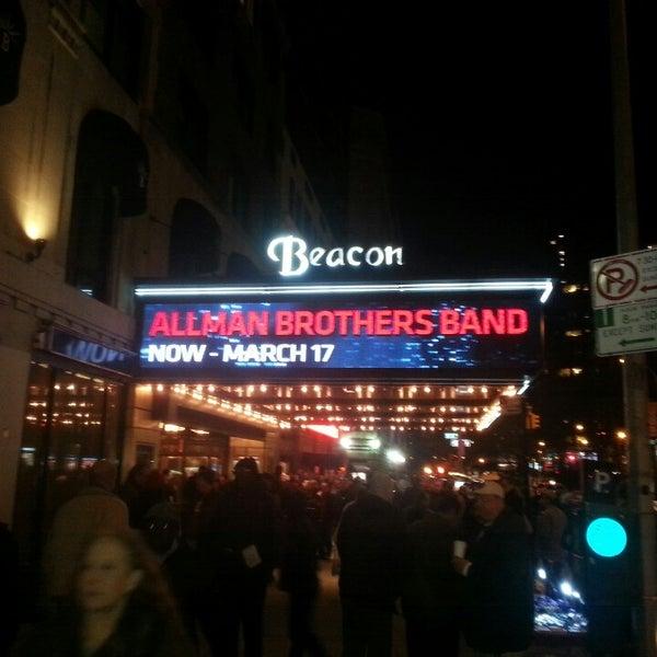 รูปภาพถ่ายที่ Beacon Theatre โดย Ray L. เมื่อ 3/14/2013
