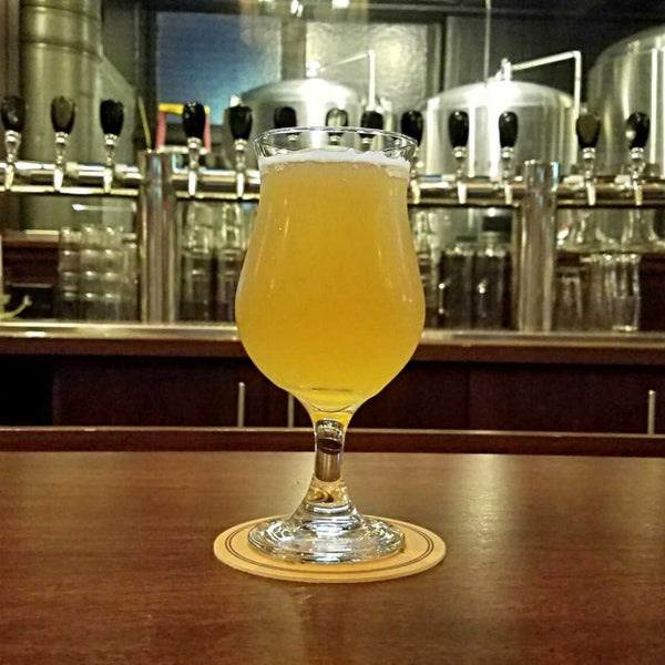 Photo taken at Iron Hill Brewery & Restaurant by Gerry D. on 8/25/2017