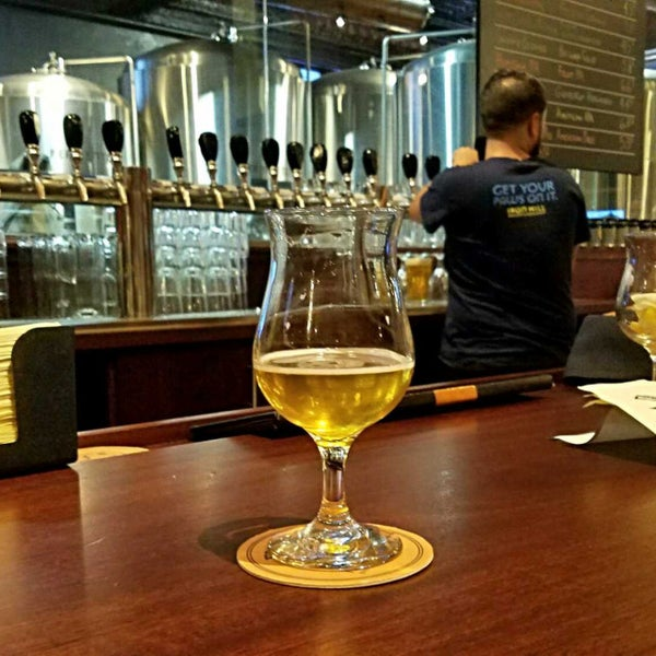 Photo taken at Iron Hill Brewery & Restaurant by Gerry D. on 8/17/2017